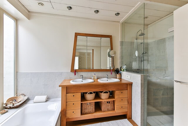 Tricks to Visually Enlarge Your Small Bathroom